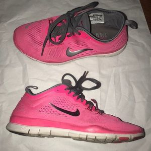 Women's Nike Free Run TR Fit 4 Workout / Trainers